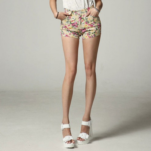 Flower pattern short
