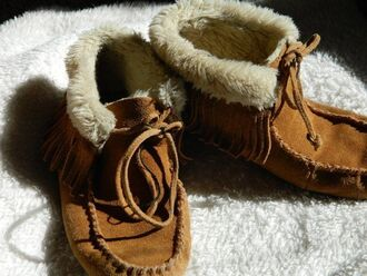 shoes minnetonkas moccasins fur shearling jacket indian boots boots native american hippie boho