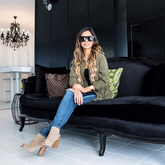 maria vizuete mia mia mine blogger jacket jeans shoes sunglasses top bag shorts dress romper tank top stacked wood heels blue jeans army green jacket black sunglasses brown bag louis vuitton bag louis vuitton