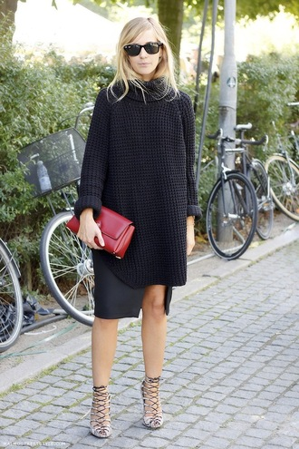 le fashion blogger strappy sandals oversized sweater sunglasses red bag slit skirt sweater
