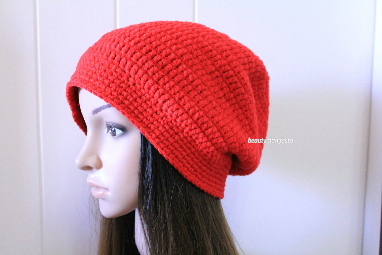 Crochet Slouchy Beanie Hat for Women and Men.Red Slouchy Beanie ... 252b1c7af01