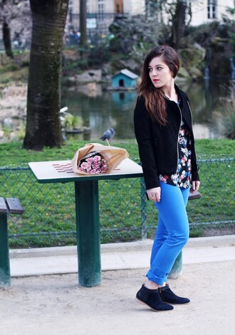 elodie in paris blogger blue pants