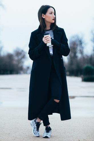 coat black trench coat