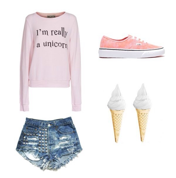 sweater unicorn shirt shorts shoes jewels