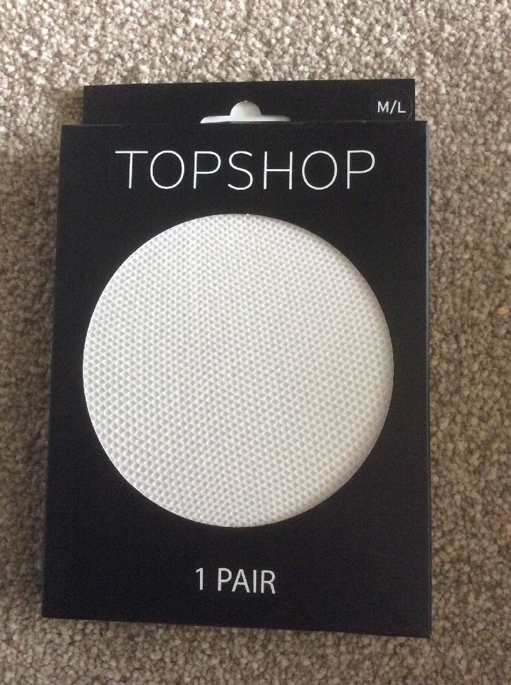 NEW IN PACKAGING LADIES TOPSHOP WHITE MICRO FISHNET TIGHTS SIZE MEDIUM/LARGE