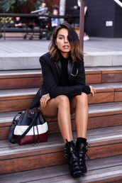 viva luxury,blogger,bucket bag,blazer,black boots,bag,jacket,shoes,sweater,jewels