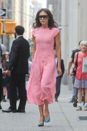 dress,pink,pink dress,victoria beckham,midi dress,pumps,celebrity
