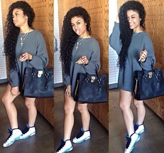 sweater jumper oversized sweater oversized cardigan thigh length india westbrooks tight bag shoes light blue dress silver black blue grey sweater long sleeves oversized t-shirt grey t-shirt
