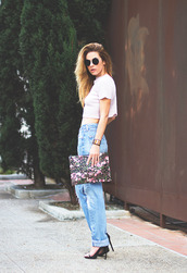 sunglasses,sweater,bag,jewels,shoes,printed pouch,pouch,jeans,blue jeans,cuffed jeans,mom jeans,crop tops,white top,white crop tops,round sunglasses,sandals,sandal heels,high heel sandals,black sandals,summer outfits