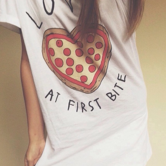 Forever 21 love at first bite pizza top from hanna's closet on poshmark