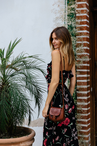 tuula blogger maxi dress floral dress mini bag brown leather bag boho chic floral maxi dress summer dress mini shoulder bag