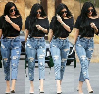 jeans ripped jeans kylie jenner