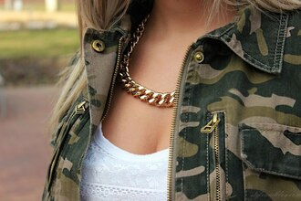 jewels army green jacket necklace gold chain jacket fall outfits camouflage coat jewelry set print white army green jewerly swag grunge vintage blogger urban
