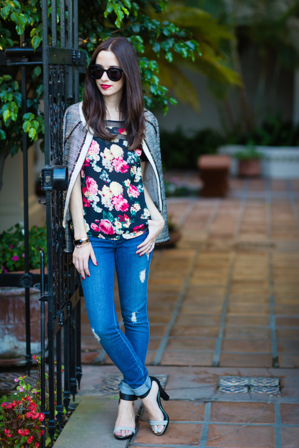 m loves m blogger top jacket jeans sunglasses roses