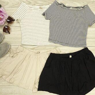 shorts skorts white shorts white black black shorts crop tops stripes striped crop top top