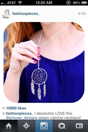 jewels,dreamcatcher,necklace,cute,feathers,silver