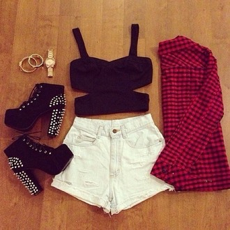 shoes nieten shorts hemd high heels tank top shirt