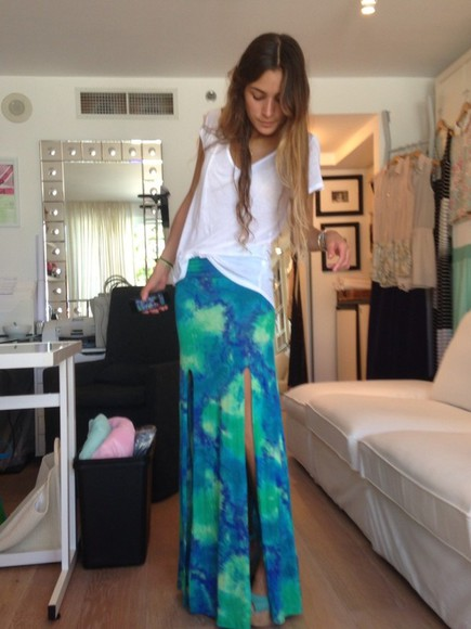 skirt long skirt green t-shirt trendy