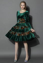 dress,chicwish,chicwish.com,velvet,velvet dress,emerald green,floral