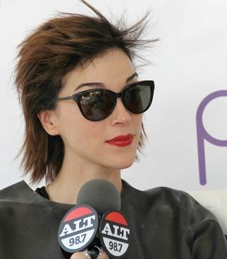 sunglasses celebrity cat eye