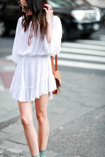 the glam files blogger sunglasses dress jewels shoes bag white dress shoulder bag mini dress long sleeves brown bag
