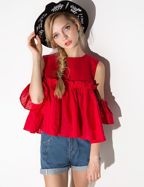 We are your one stop shop for girls tween clothing. Tween Dresses & Special occasion clothing is our specialty. Tween Girls will love a fantastic selection of cool .