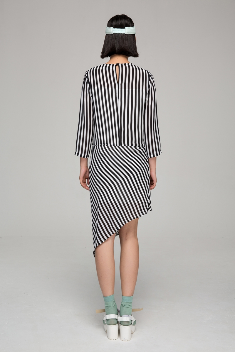 Chiffon dress with asymmetric hem in stripes