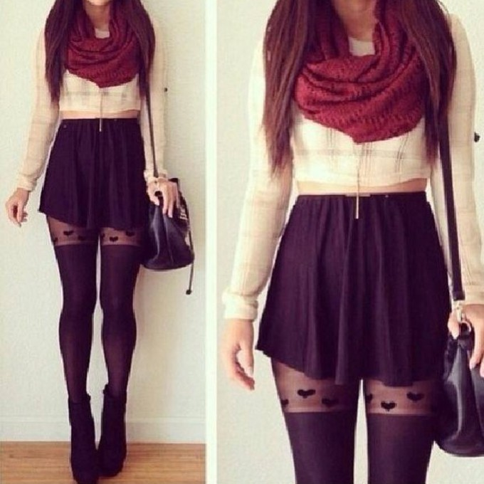 scarf clothes cute black white red top bag maroon skirt blouse christmas beauiful underwear scarf red