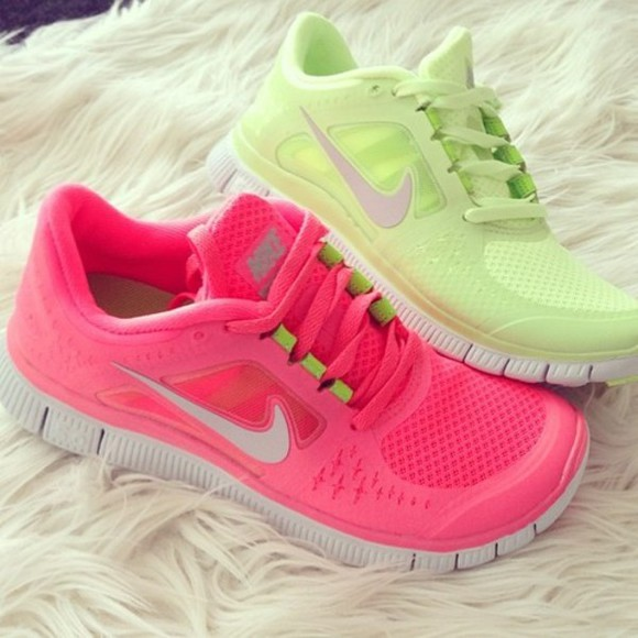 shoes sneakers white nike nike sneakers nike running shoes nike free run pink green free runs running pink shoes green shoes cute cute shoes pink running shoes green running shoes old new cute running shoes fitness hot laces exercise shoes for running run