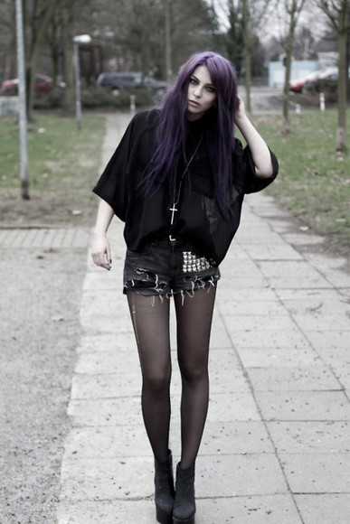 shorts studs black stud jewels grunge blouse dark purple blacks ripped ripped shorts jeans grey purple hair tmblr