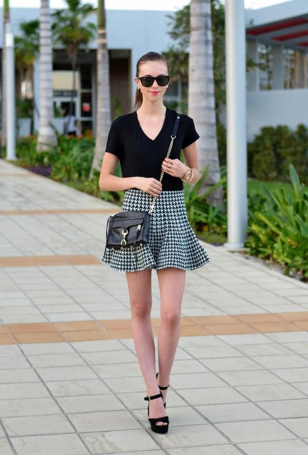 vogue haus t-shirt skirt shoes bag jewels sunglasses