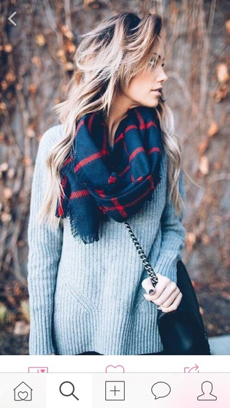 scarf infinity scarf warm winter scarf winter outfits winter sweater winter swag fall outfits back to school beautiful cute tumblr tumblr girl tumblr outfit tumblr clothes tumblr sweater blue red grey grey sweater bag black bag