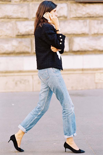 jacket tumblr black jacket denim jeans blue jeans cuffed jeans pumps mid heel pumps kitten heels pointed toe pumps streetstyle