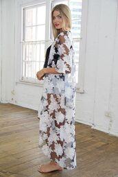 top,black and white kimono,black and white floral print,sheer kimono,sheer robe,long kimono,www.ustrendy.com