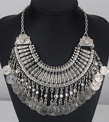 Silver jazz necklace