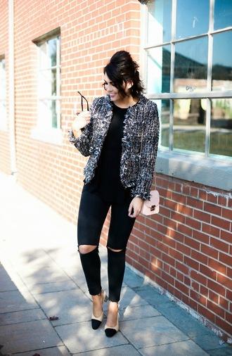life & messy hair blogger jacket shoes bag jeans sunglasses chain bag black jeans pumps chanel slingbacks nude bag
