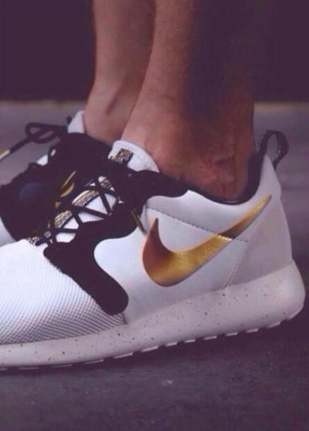 shoes nike roshes gold white black wheretoget