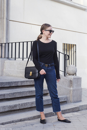 shoes,black shoes,tumblr,ballet flats,flats,denim,jeans,blue jeans,top,black top,bag,black bag,sunglasses,trini,blogger,belt