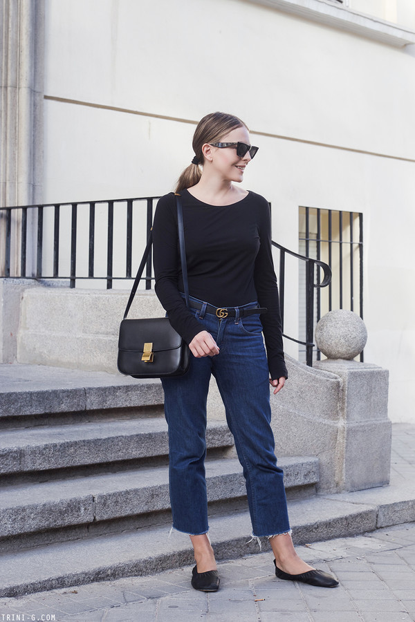 shoes black shoes tumblr ballet flats flats denim jeans blue jeans top black top bag black bag sunglasses trini blogger belt