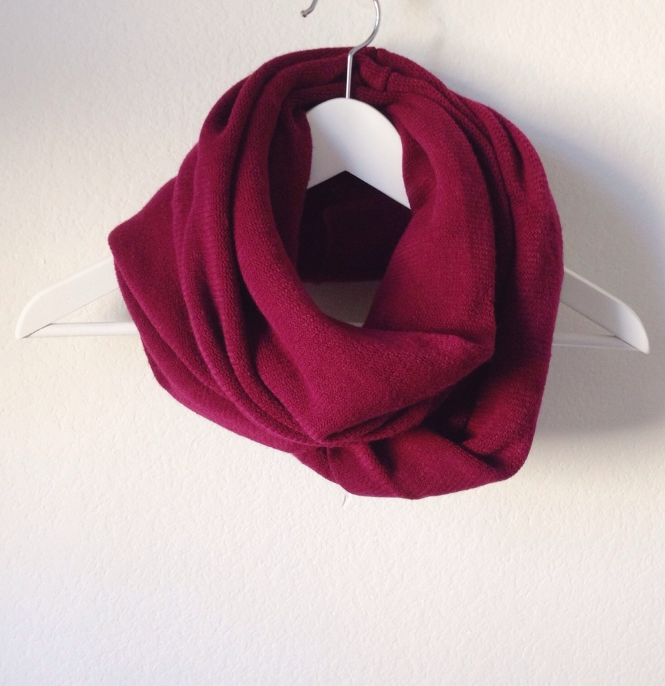 Solid thick infinity scarf