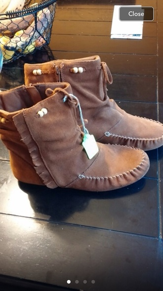shoes moccassins moccasins moccasin boots minnetonka booties minnetonka fringes