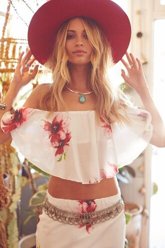 blouse red flower floral floral tank top dress weheartit tumblr tumblr outfit instagram instagram girl girl boho boho chic indie indie boho gypsy outfit summer outfits good vibe gypsy festival beautiful blonde hair boho jewelry hat rings and jewelry