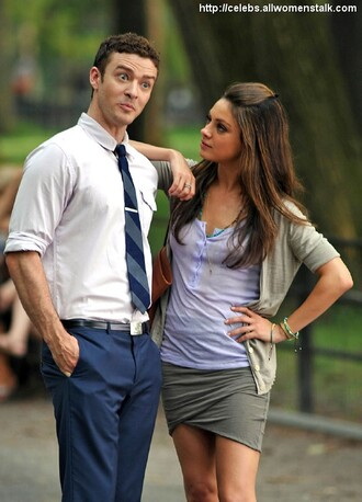 grey skirt black skirt mini skirt mila kunis justin timberlake coat