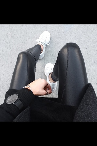 jeans leather pants pleather leggings leather leggings black jeans pants black pants black leather pants cool cool pants skinny skinny pants sneakers white shoes tumblr outfit black watch bag jumpsuit jewels black watch