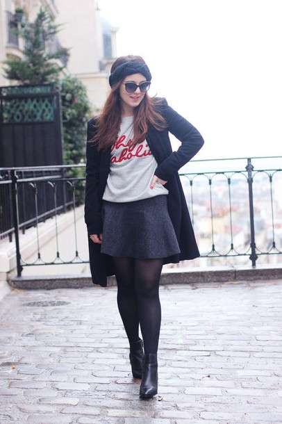 elodie in paris blogger sunglasses quote on it turban grey skirt coat shoes skirt