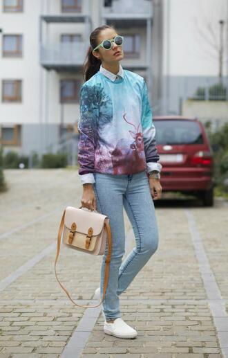 from brussels with love blogger sunglasses satchel bag printed sweater deer skinny jeans vans hipster
