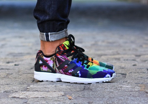 shoes color/pattern flowers adidas basket zx flux