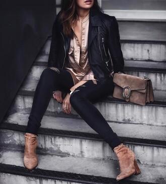 shirt tumblr black jeans black skinny jeans skinny jeans black ripped jeans ripped jeans silk silk shirt jacket black jacket black leather jacket leather jacket boots brown boots suede suede boots high heels boots bag brown bag satin satin shirt denim jeans