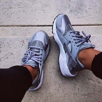 shoes sneakers nike metallic nike shoes new nikes fashion grey shoes grey gray shoes cute stylish dope trill dope shoes metallic shoes urban urban shoes white and grey cardigan grey and white lace vintage dress s white dress