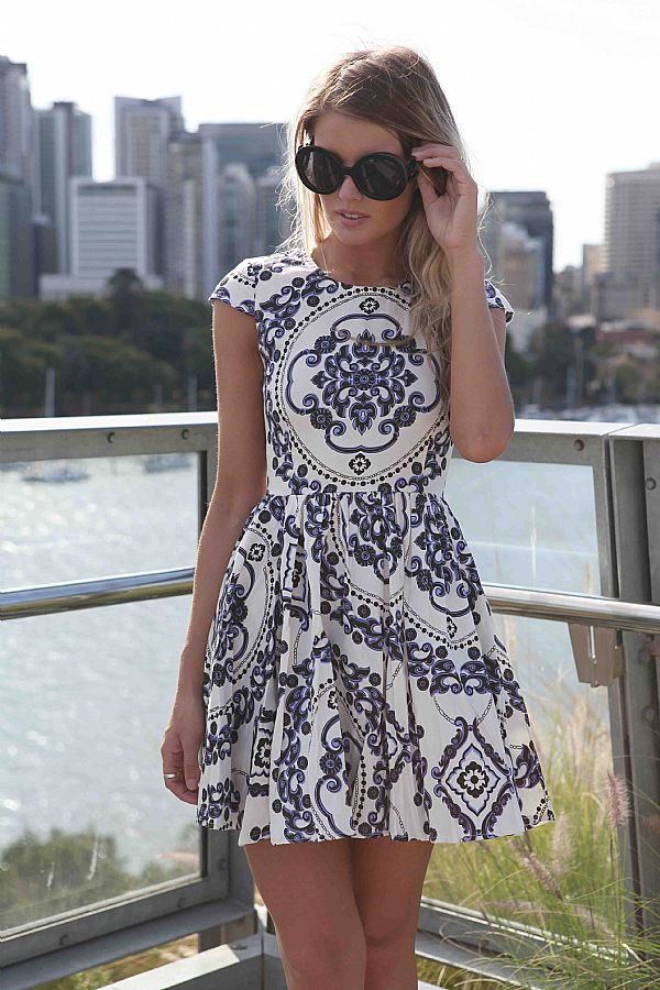 Multi Day Dress - Paisley Print Sleeveless Dress with | UsTrendy